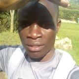 Mwalimu Amos
