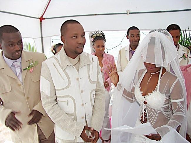 fc148cf576c8 Lady Jay Dee akiwa na aliyekuwa mumewe Gardner G Habash siku ya ndoa yao