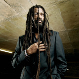 Lucky Dube